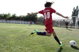 pisicile rosii, fotbal feminin bacau, si noi jucam fotbal